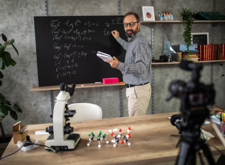 مهارات التعليم الافتراضية للمدرسين